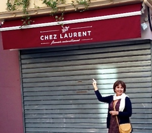 While I can't imagine Laurent living anywhere near this particular alleyway, I was charmed to pass it every day on my way to the car park in Aix.